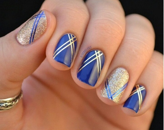 Nice Blue Nails WIth Golden Lines