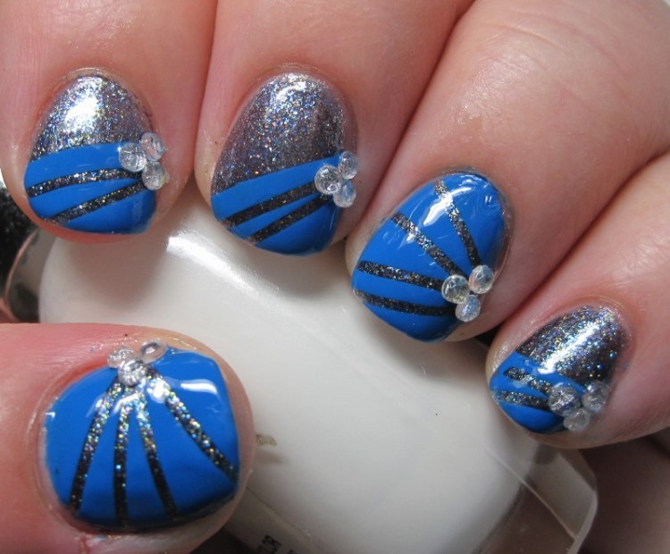 Tremendous Blue And Silver Nails With Crystal