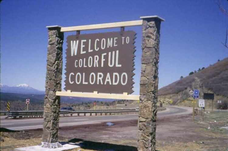 Welcome To Colorful Colorado Day Wishes Message Image