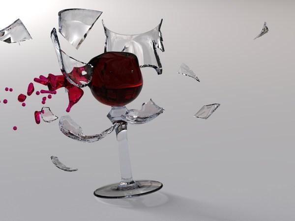 Картинка Разбитый бокал вина Картинки 3DГрафика