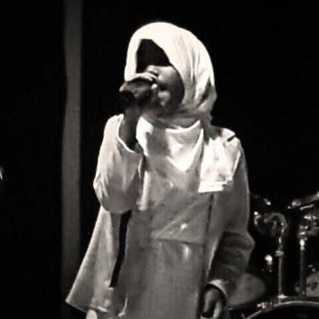 nazilla sing about @darahuntukaceh