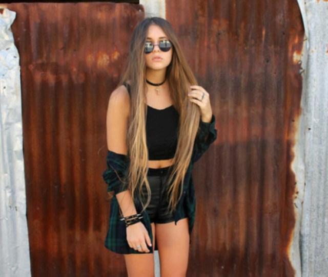 Blouse Girl Fashion Shorts Hair Blonde Hair Sunglasses Bracelets Tanned Girl Jacket