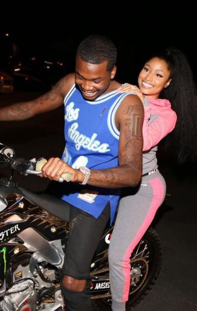 Nicki Minaj wears Victorias Secret Pink pants ($50 ...