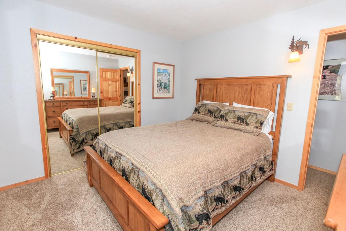 Second Bedroom with Queen