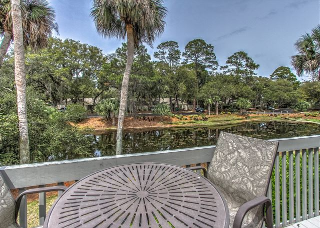 6 Turtle Lane Lagoon Villa Image Gallery Vacation Company Hilton Head Luxury Homes And Villas