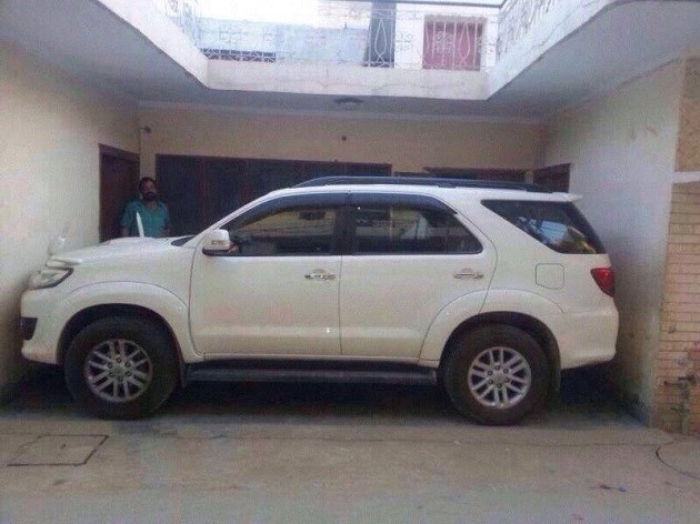 fortuner parked perfect