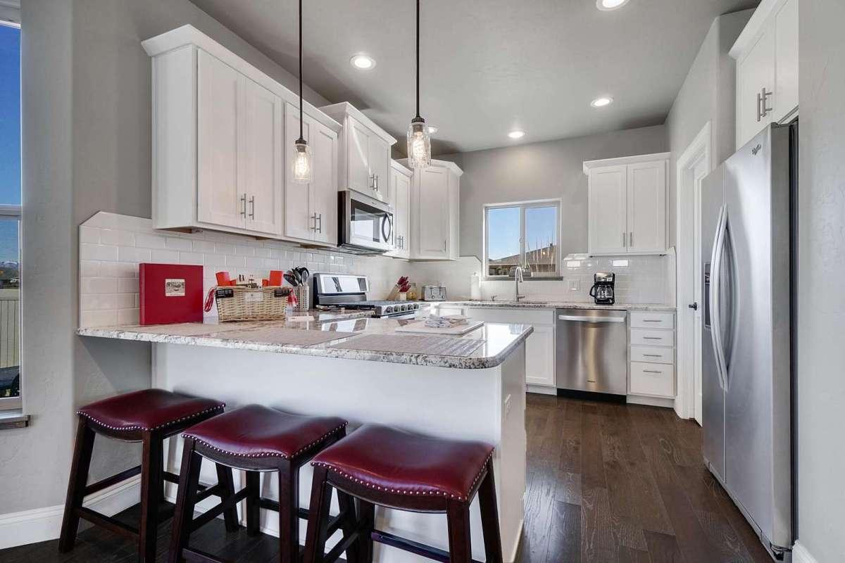 Hawk House IV Kitchen