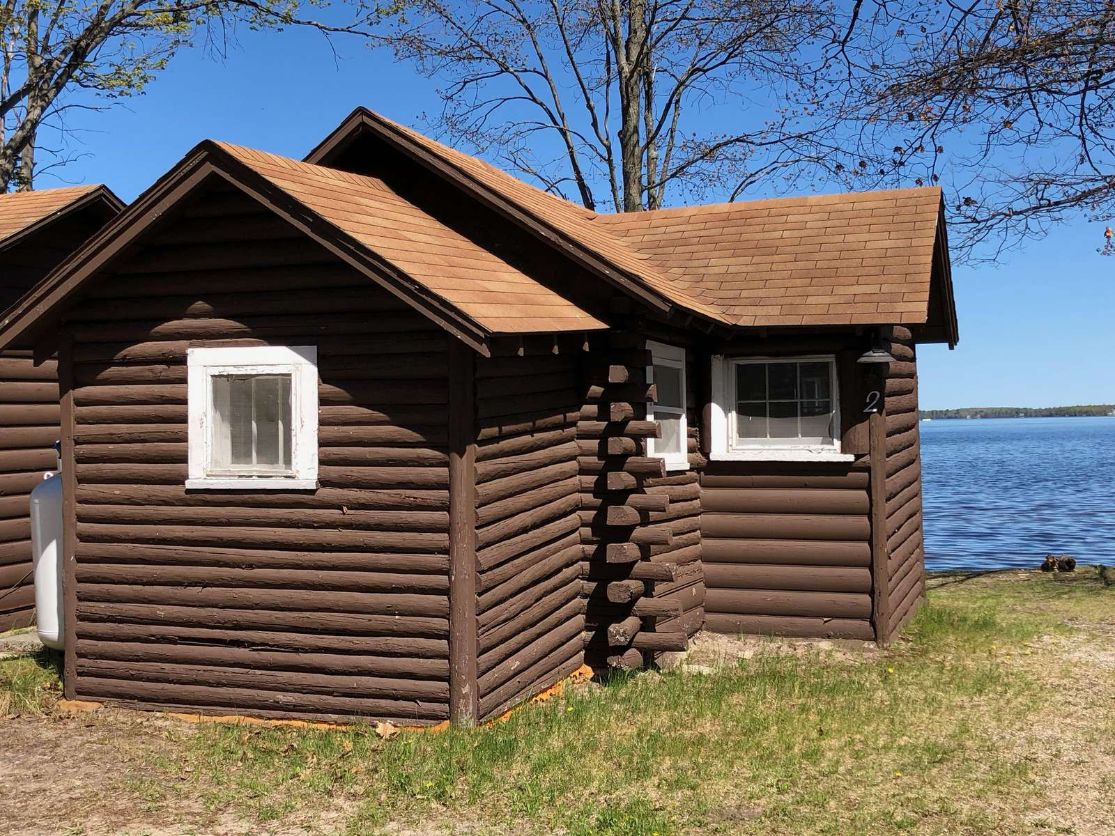 "Cabin #2 – ""Kitchitikipi"" - property"