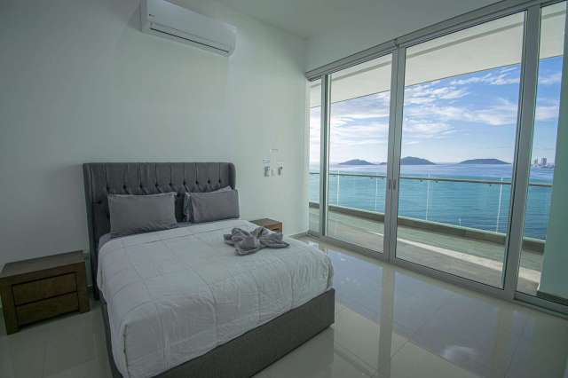 2 Bedroom Unit ( Sleeps 6)