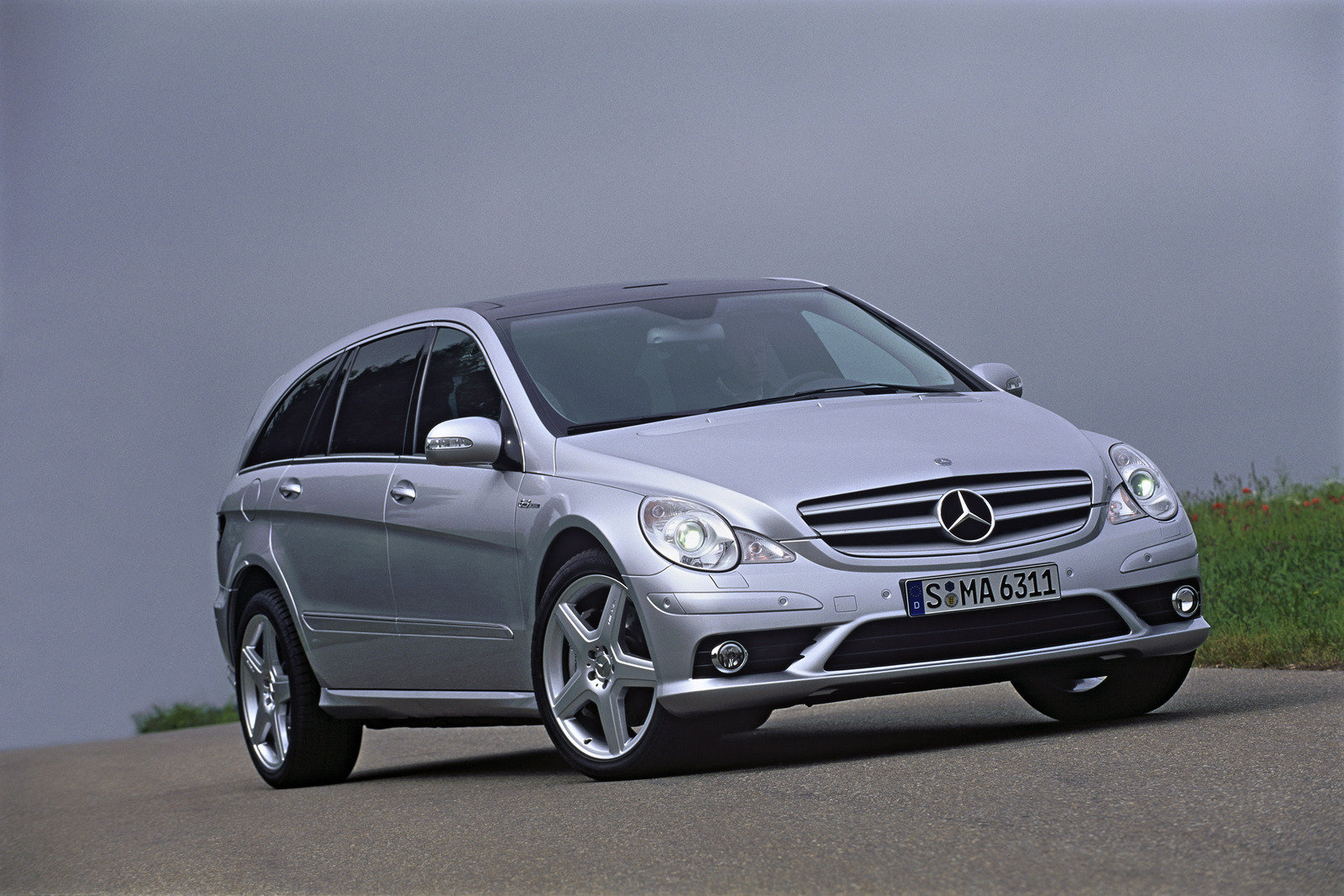 2007 Mercedes R63 AMG 4MATIC Review Top Speed