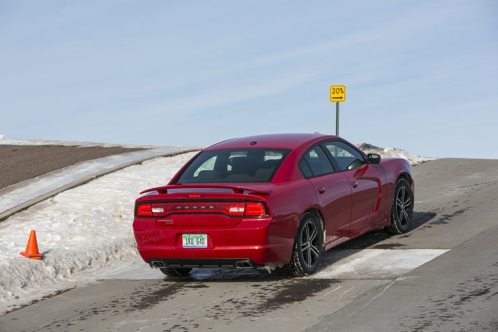 2013 Dodge Charger AWD Sport - Picture 517418 | car review ...