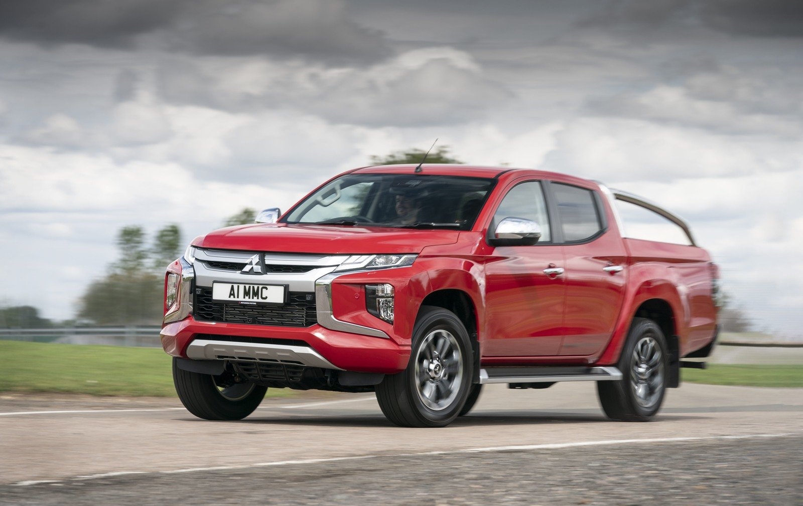 2019 Mitsubishi L200 Series 6 Pictures Photos Wallpapers