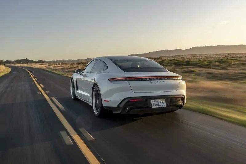 2020 Porsche Taycan - image 898397