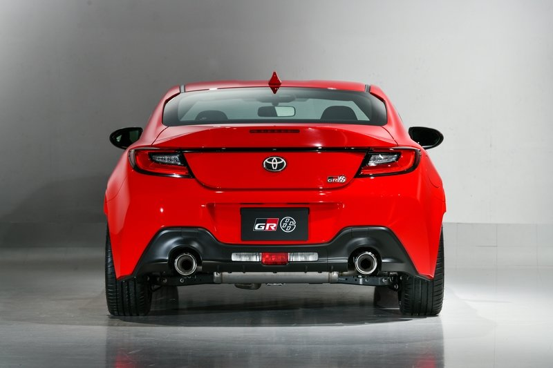 2022 Second-gen Toyota 86 Arrives With A Bigger Engine, More Power, And An Attitude - image 980887