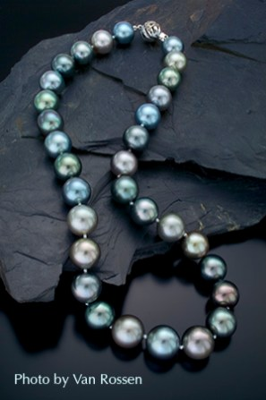 Pearls_on_Rock