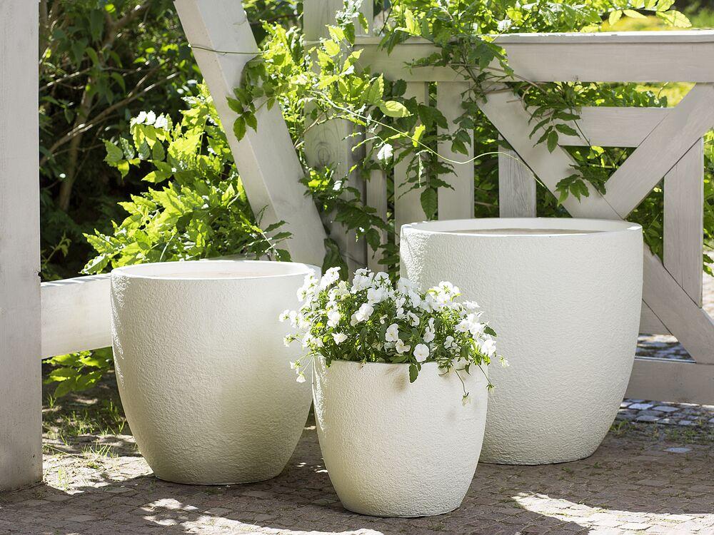 I vasi in vetro di murano arredano da secoli le nostre case. 3 Piece Plant Pot Set Off White Kannia Beliani It