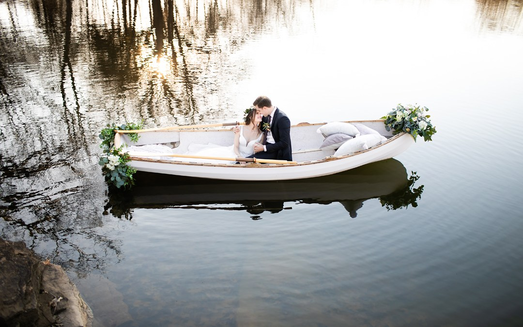 Spain Ranch | Boat Styled Shoot featured on Wedding Chicks | Jenks, Okla.