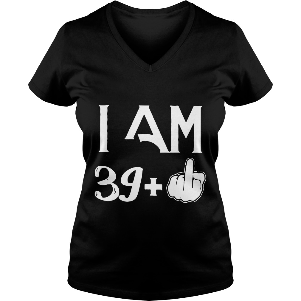 Official I am 40 years old V-neck t-shirt