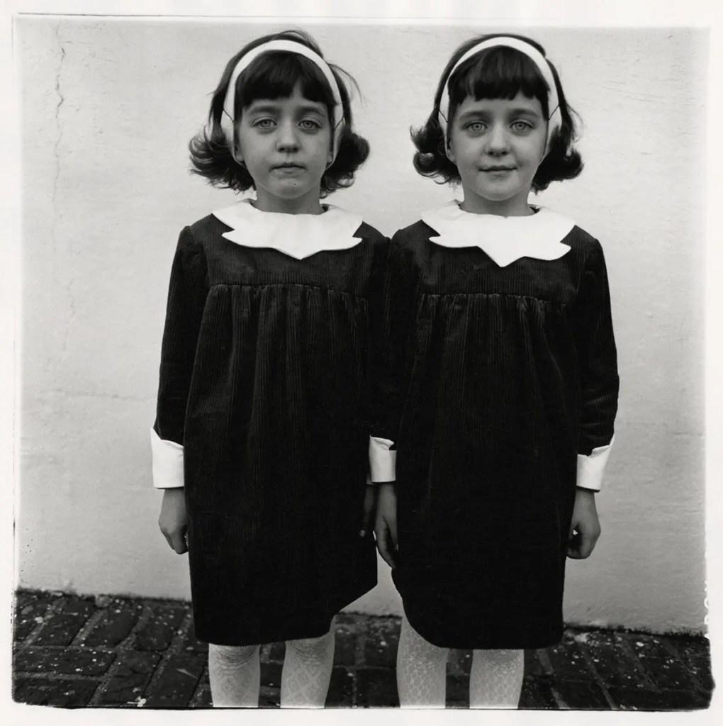Diane Arbus - Gemelle identiche