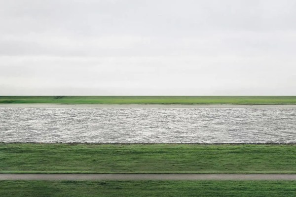 Idee fotografie - Rhein ii, 1999 © Andreas Gursky