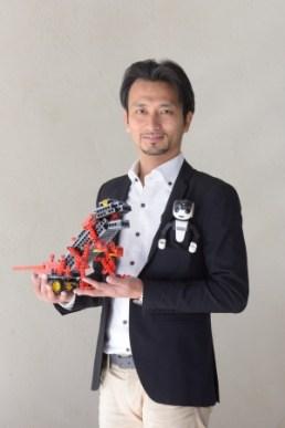 高橋智隆 先生 (ロボット教室アドバイザー / 大会審査委員長)