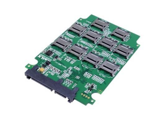 10枚のmicroSDカードをSATAドライブにできる変換アダプター - 上海問屋