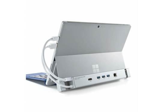 「USB-3HSS3S」は、Microsoft Surfaceの使い勝手を向上させる多機能USBハブです