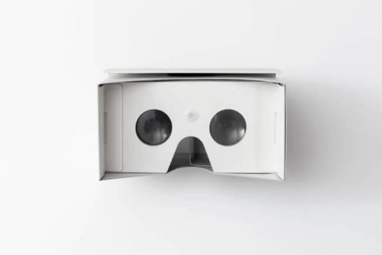 使用レンズを非球面レンズに変更