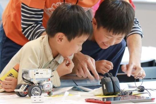 ロボットプログラミング教室「ロボ団」
