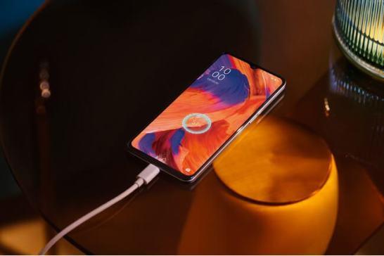 OPPO国内初のeSIM対応の SIMフリースマートフォン「OPPO A73」を発表