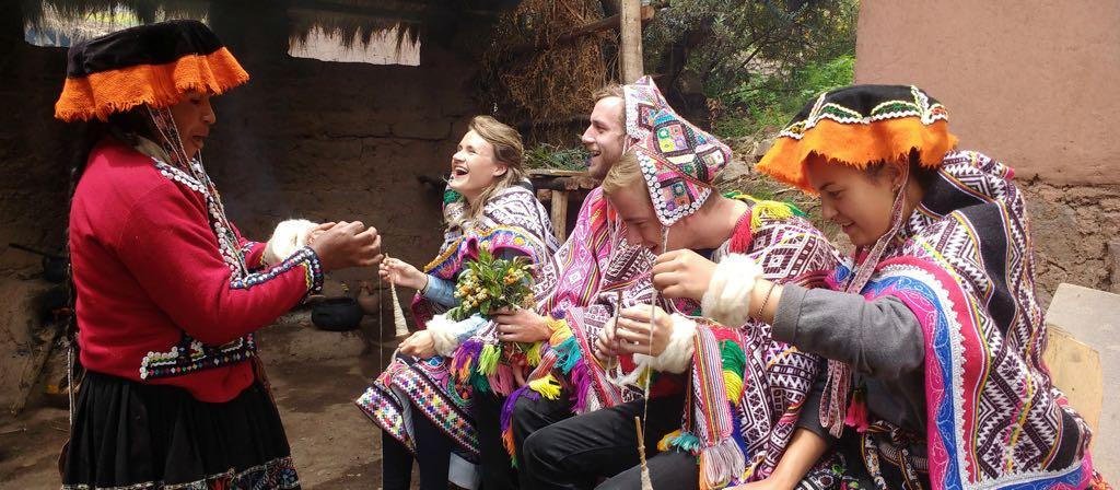 Machu Picchu Tours-community in Cusco