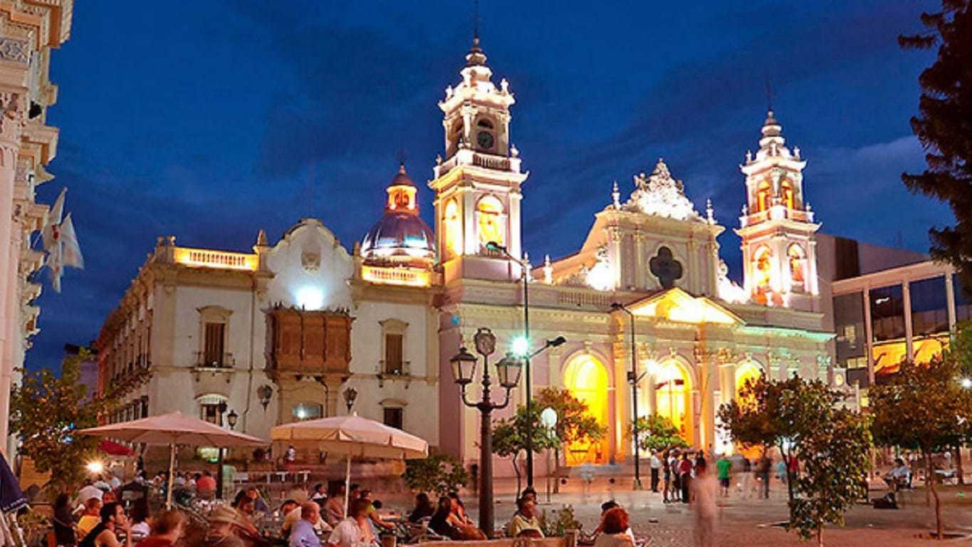 Northern Argentina Tour- Exploring the city on a Salta Tour