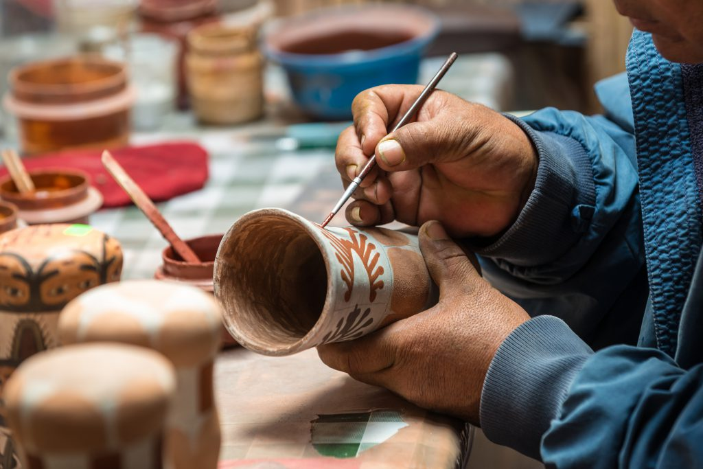 Ceramic lessons in Cusco - Ultimate Cusco Travel Guide