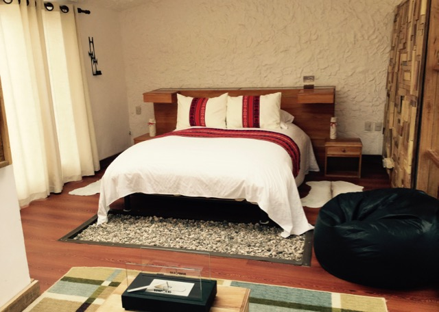 Matrimonial bedroom at flamingos Lodge