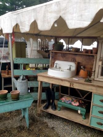 Brimfield fair antiques