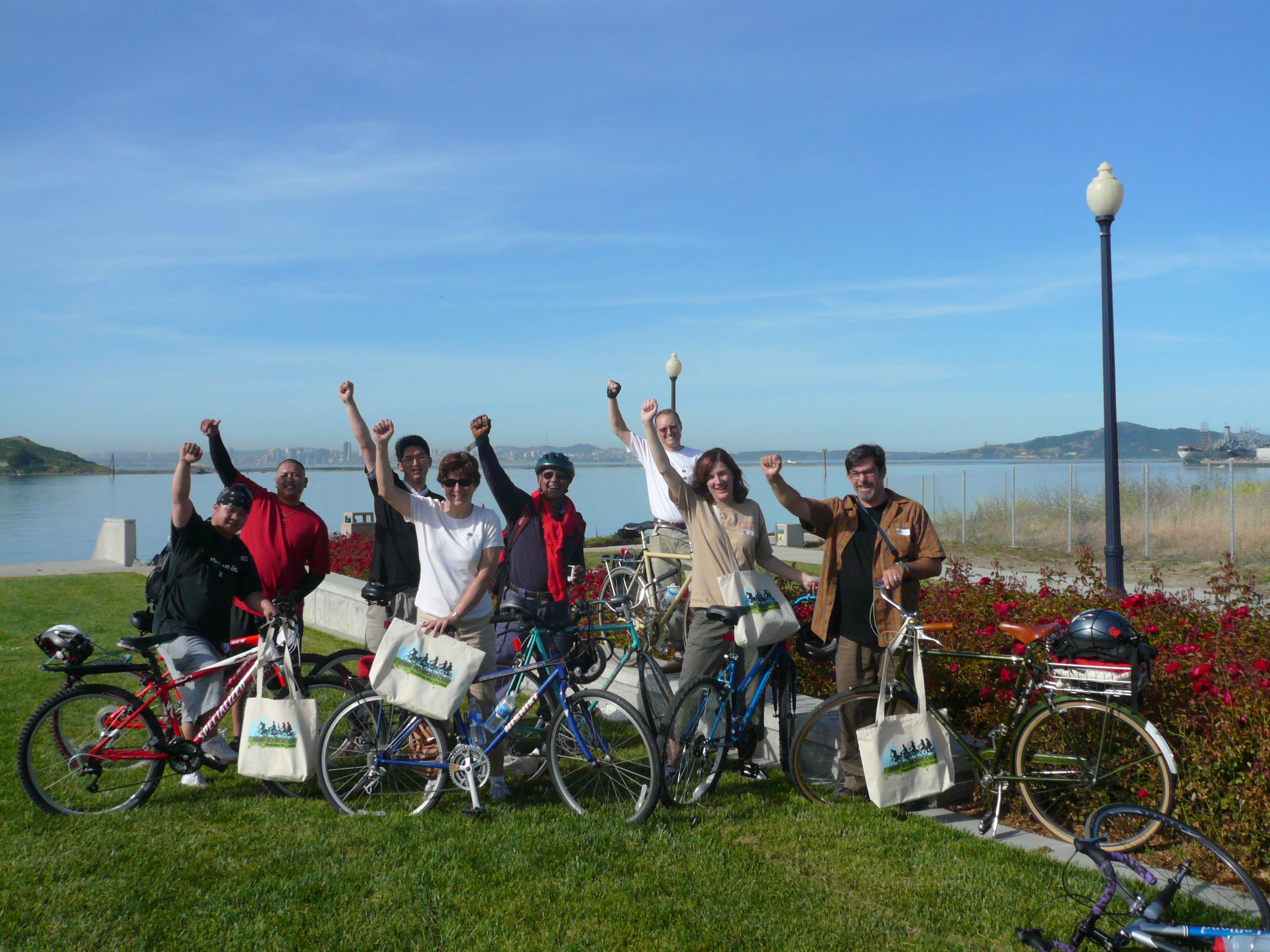 Bike Power - Team Inovis arrives at the Richmond Marina