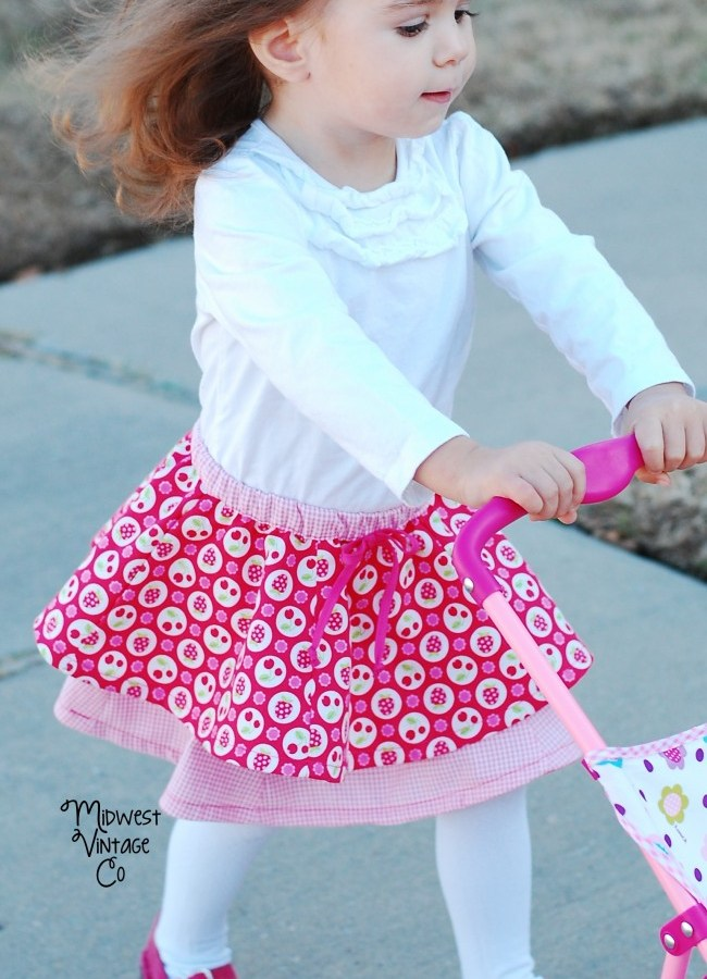 Baby DYYNI Skirt - Sewn by Midwest Vintage Co - Free pattern by Pienkel available via www.pienkel.com