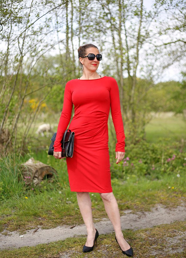 Lady In Red – Suzinka Dress