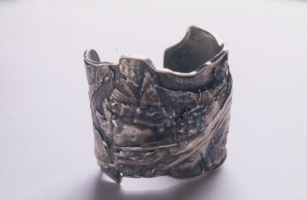 pie pie metals fused cuff