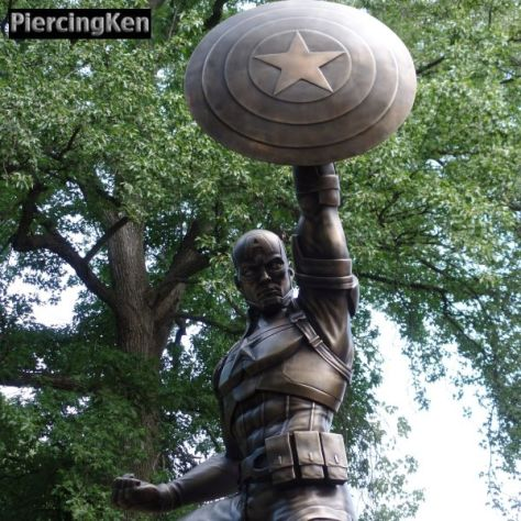 captain america statue