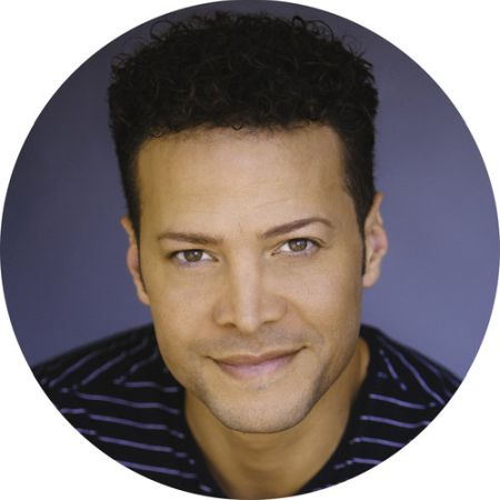justin guarini headshot
