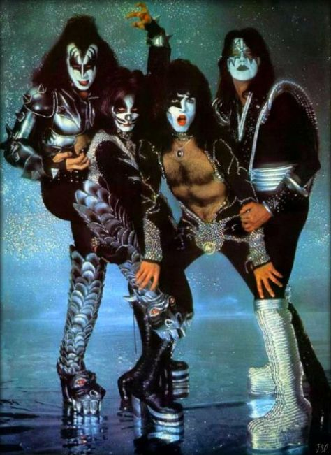kiss, photos of kiss, gene simmons, paul stanley, peter criss, ace frehley, kiss destroyer era, kiss in 1976