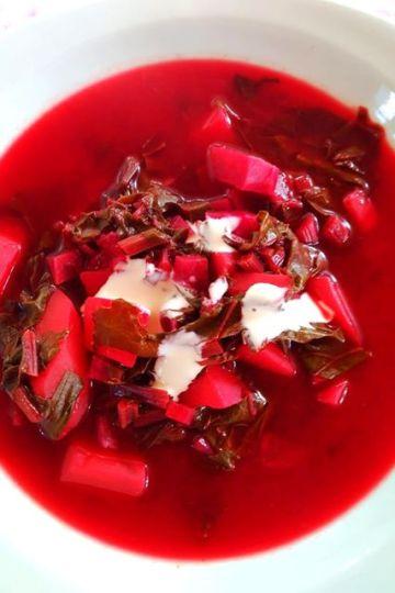 soupe, la botwinka, betteraves nouvelles, cuisine polonaise