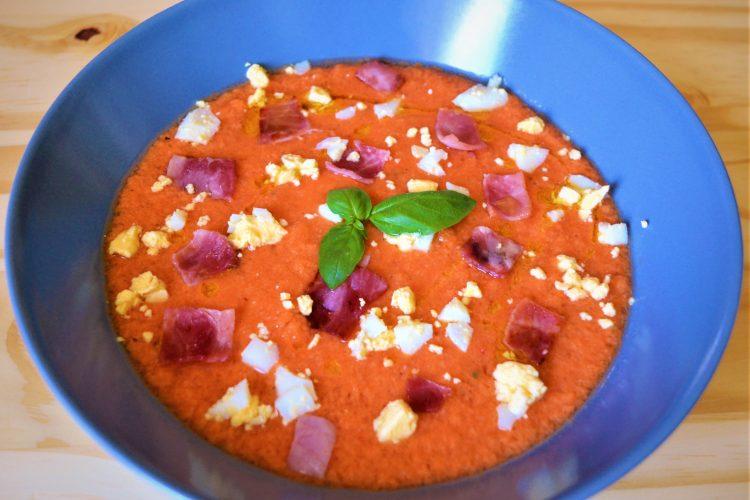salmorejo, soupe froide, tomates, oeuf dur, jambon serrano