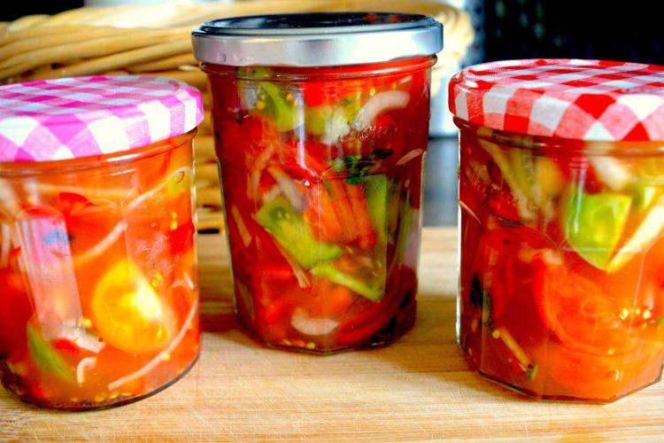 salade de tomates vertes, conserves, bocal,