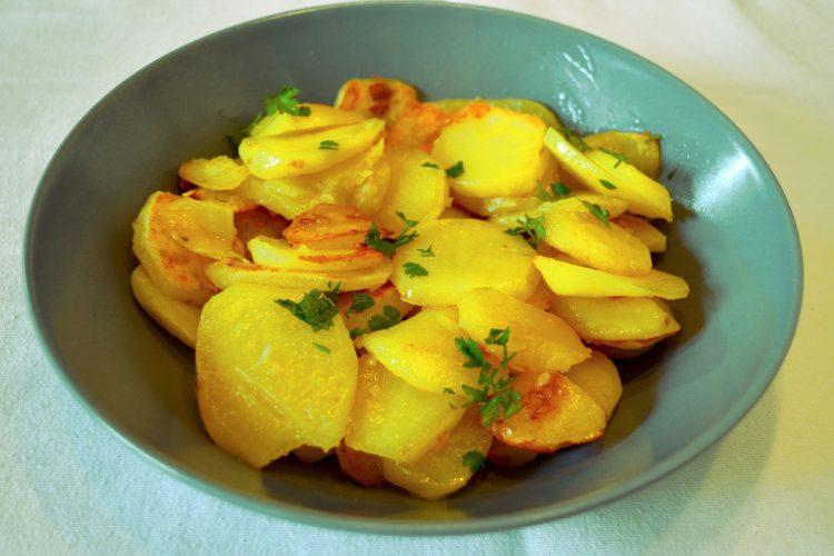 ziemniaki z czosnkiem, z pietruszka