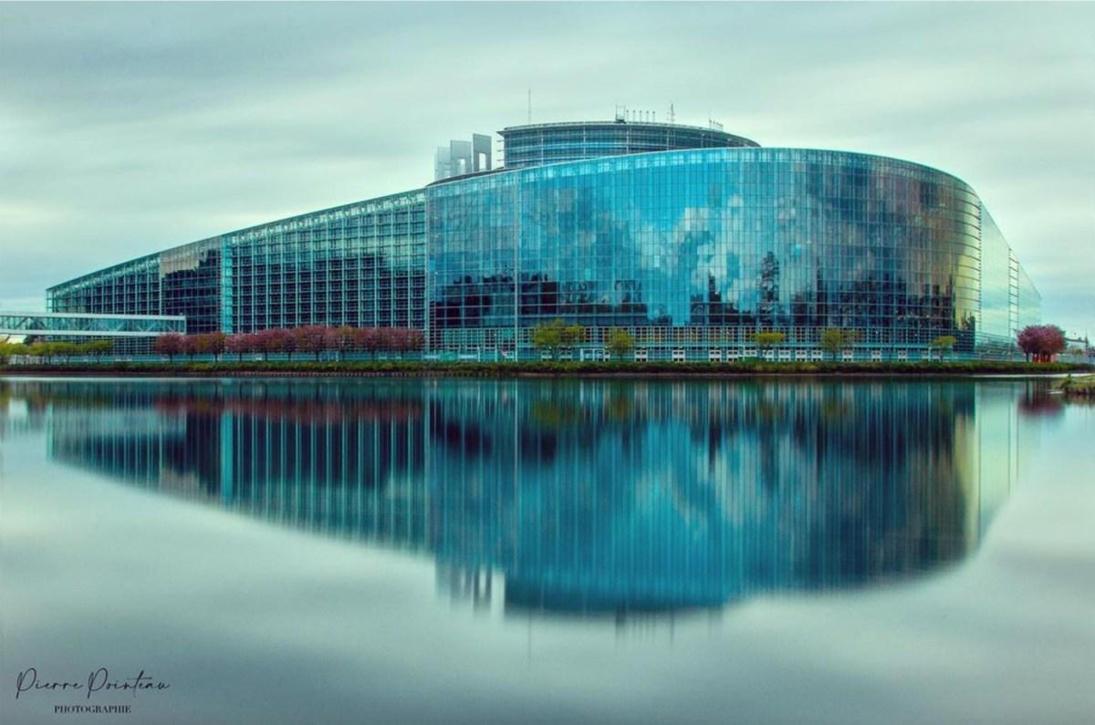 Photographie du Parlement Européen.