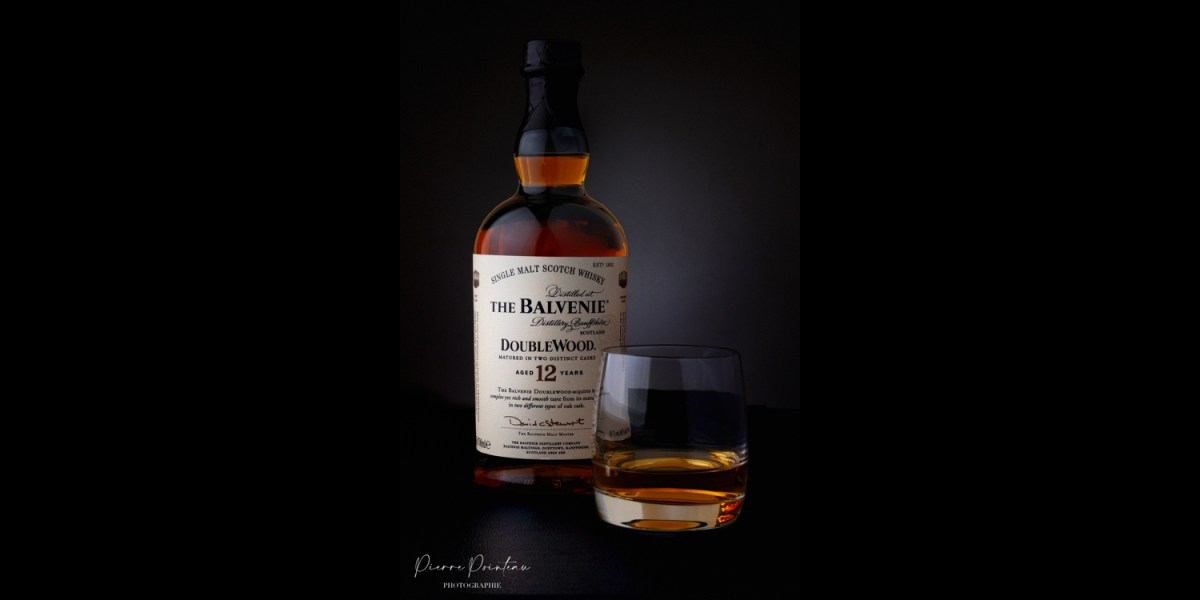 Photographie packshot d'une bouteille de whisky The Balvenie