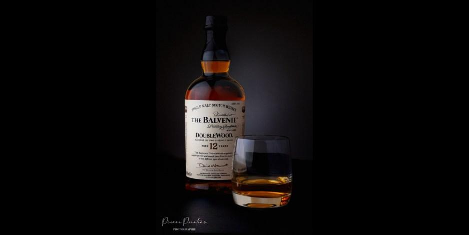 Photographie packshot d'une bouteille de whisky The Balvenie
