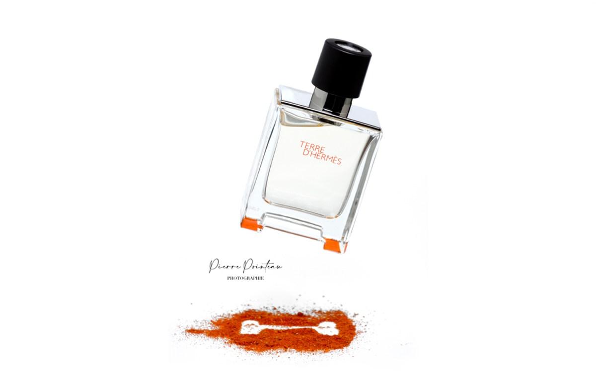 Photo packshot d'une bouteille de parfum Terre d'Hermès